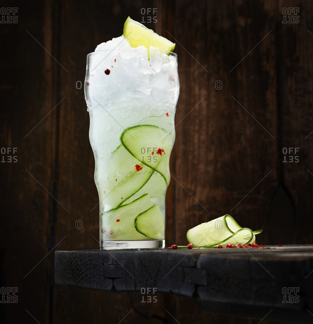 Gin Tonic with gin- tonic- cucumber- lime and red pepper
