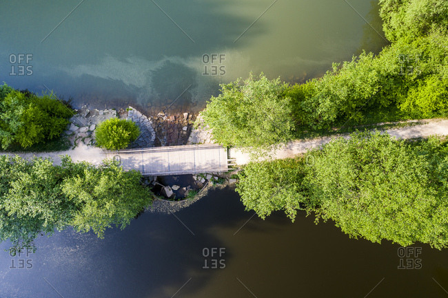Germany- Baden-Wuerttemberg- Schurwald- Aerial view of bridge- Herrenbach reservoir