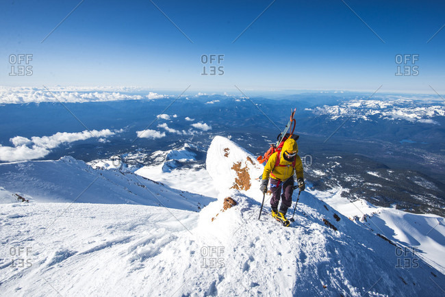 Mountain climber at Mt Shasta Casaval Ridge, California, USA