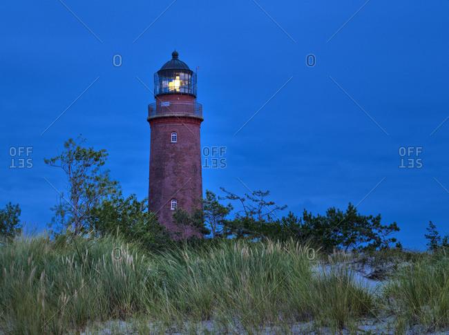 Germany, Mecklenburg-Western Pomerania, Western Pomerania Lagoon Area National Park, West beach of Darss, lighthouse at Darsser Ort