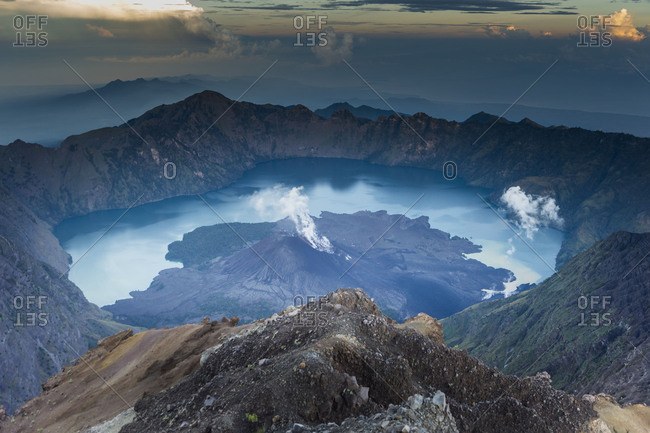 Scenery at Gunung Rinjani, the crater lake