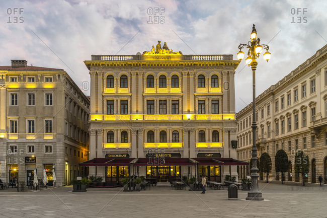 November 30, 2017: Evening mood on the Piazza dellUnita dItalia in Trieste