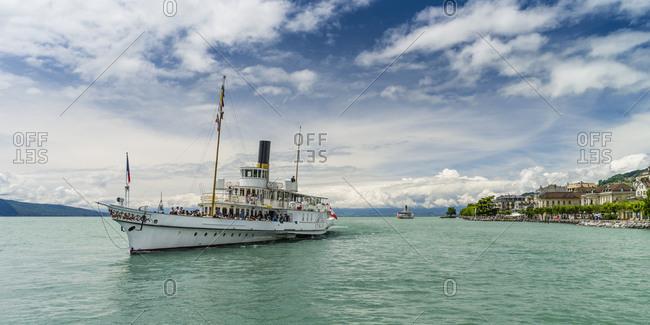 November 30, 2017: Steamboat on the Lake Geneva near Vevey