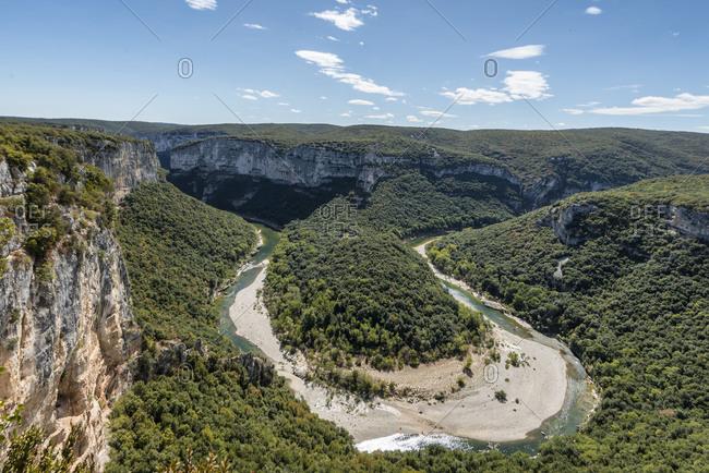 France,  Rhone-Alpes, Ardeche, Saint-Martin-dArdeche, Gorges de lArdeche, view of the Cirque de la Madeleine in the Ardeche Valley.