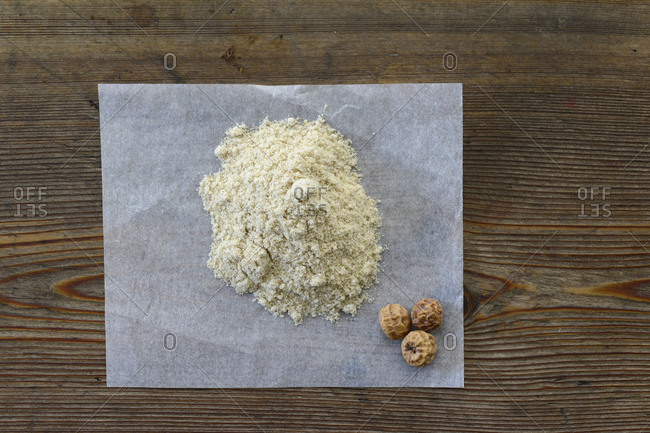 Earth almond flour, earth almonds, heap
