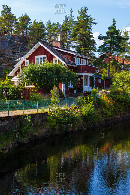 Houses at Lennartsfors by the Dalsland Canal, on Lelang Lake, Dalsland, Varmlands lan, Sweden