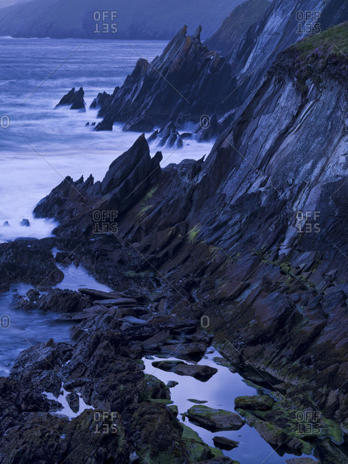Ireland, county Kerry, Dingle peninsula, stormy sea in the Blasket sound