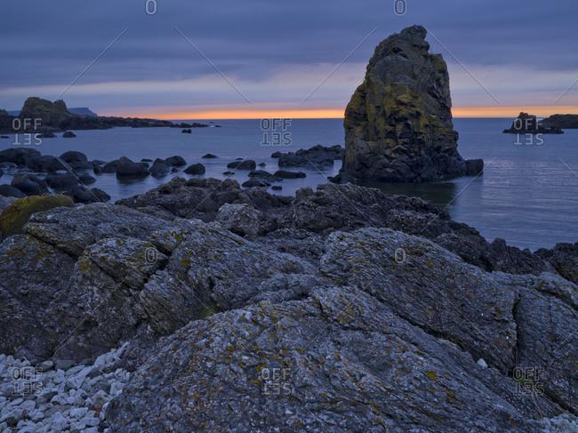 Northern Ireland, Antrim, Causeway Coast, bile formation in the Causeway Coast, evening sky