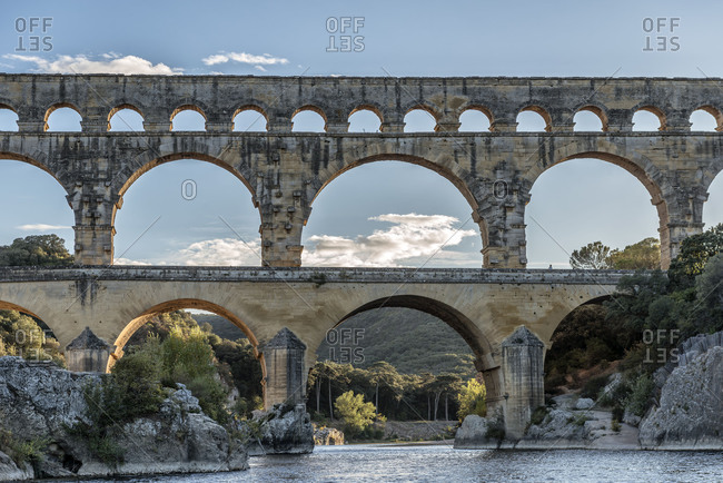 Pont du Gard, Languedoc-Roussillon, Gard, Provence, the South of France, France, the Roman aqueduct Pont du Gard, UNESCO world cultural heritage