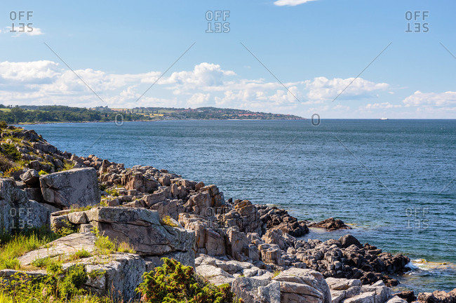 View from Randklove Skar to the north, in the background Gudhjem, Europe, Denmark, Bornholm,