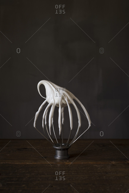 Meringue on a whipper
