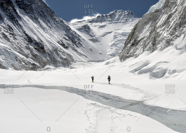 Nepal- Solo Khumbu- Everest- Sagamartha National Park- Mountaineers at Western Cwm
