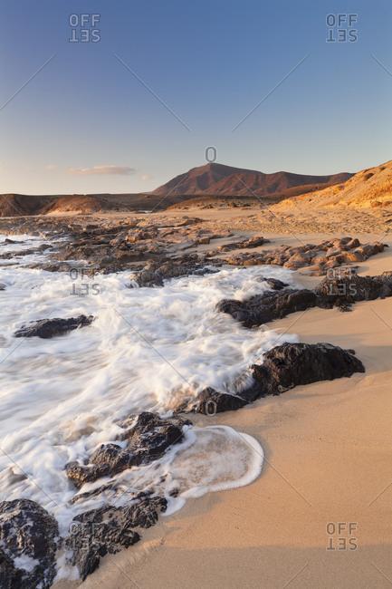 Playa Mujeres at sundown, Papagayo beaches, near Playa Blanca, Lanzarote, Canary islands, Spain