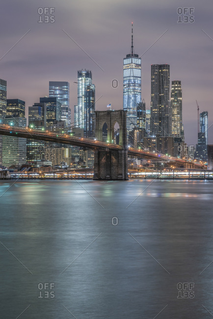 USA- New York City- Manhattan- Brooklyn- cityscape with Brooklyn Bridge at night