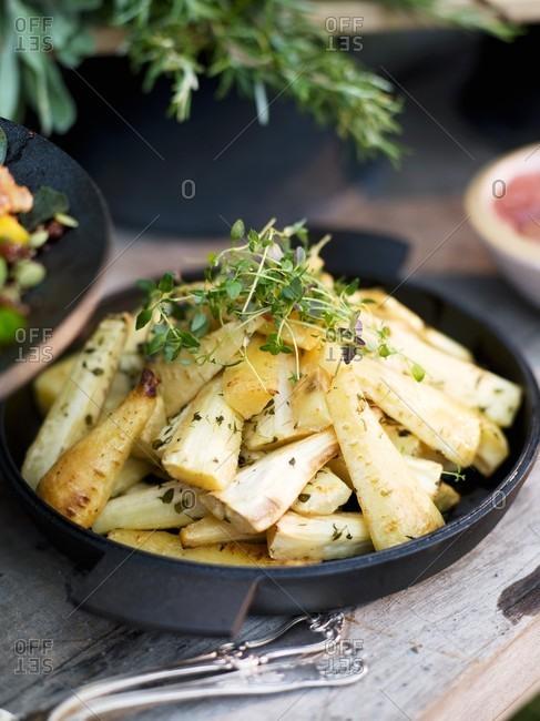 Honey-baked parsnips