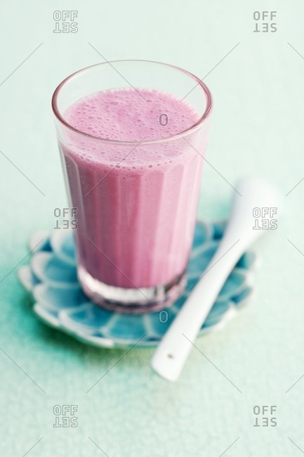Beetroot and raspberry smoothie - Offset
