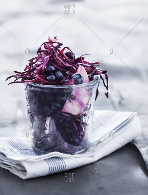 Red cabbage salad with blueberries