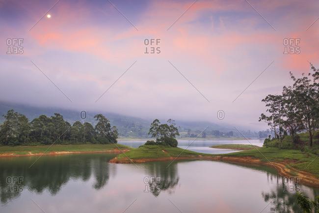 Sri Lanka, Hatton, Castlereagh Lake