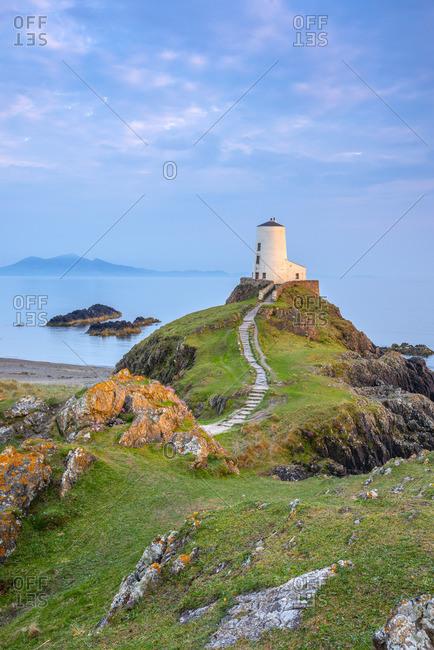 UK, Wales, Anglesey, Llanddwyn Island, Menai Strait, Twr Mawr lighthouse