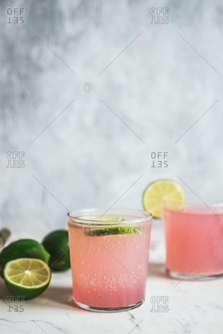 Pink lemonade with lime