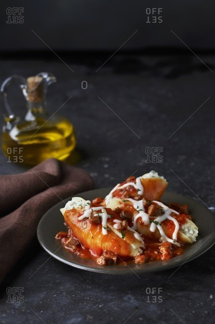 Giant pasta shells filled with tomato sauce