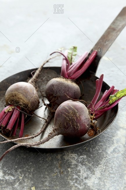 Beetroot in a rusty pan