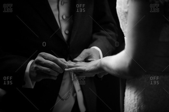 Exchanging of rings, United Kingdom, Europe