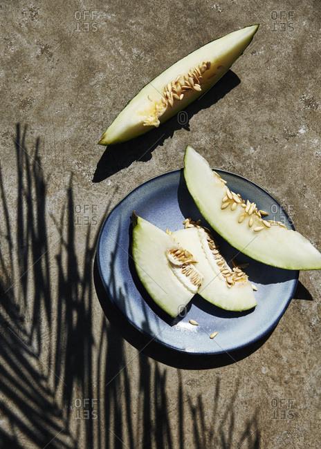 Freshly cut honeydew melon - Offset