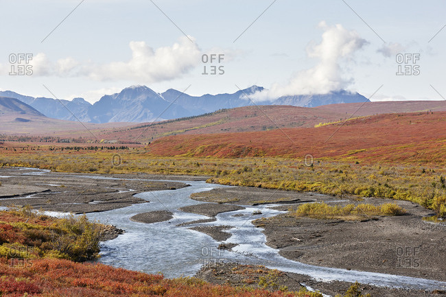 USA, Alaska, Denali National Park, Alaska Range in autumn