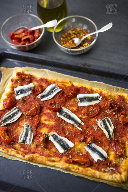 Pizza Marinara with anchovies - Offset