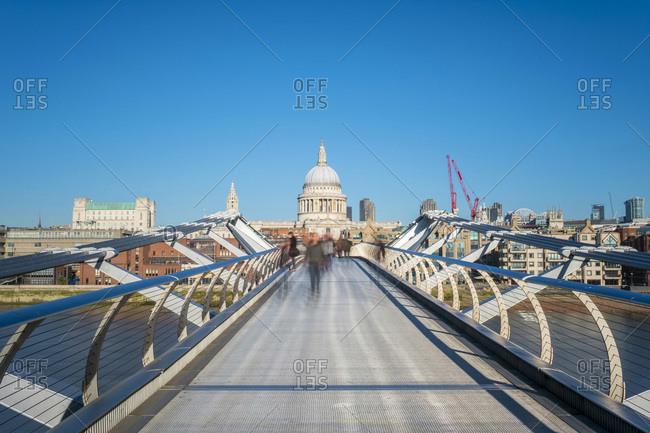 Millennium Bridge (London Millennium Footbridge) over River Thames, St. Paul's Cathedral in background, London, England, United Kingdom, Europe