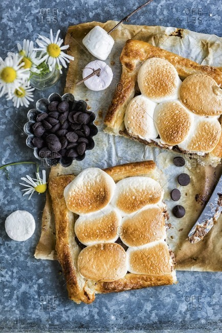 smores puff pastry tart with chocolate and marshmallows
