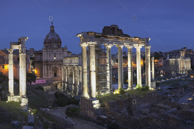 Roman Forum (Foro Romano), Temple of Saturn and Arch of Septimius Severus, UNESCO World Heritage Site, Rome, Lazio, Italy, Europe