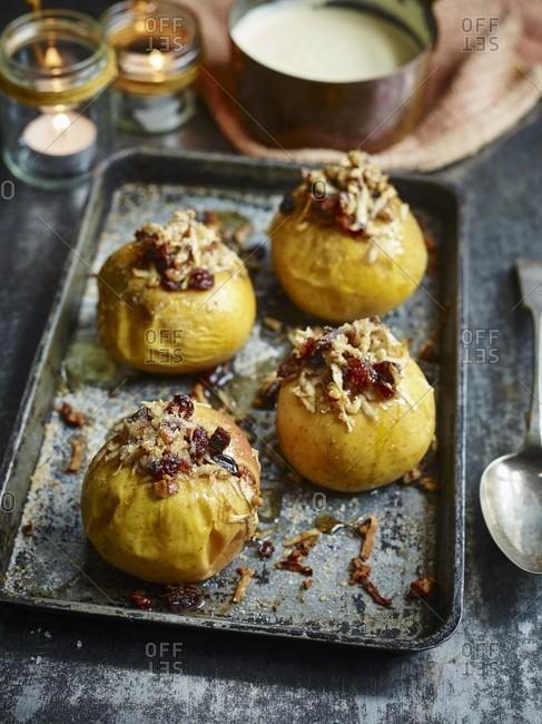 Caramelized baked apple dessert - Offset