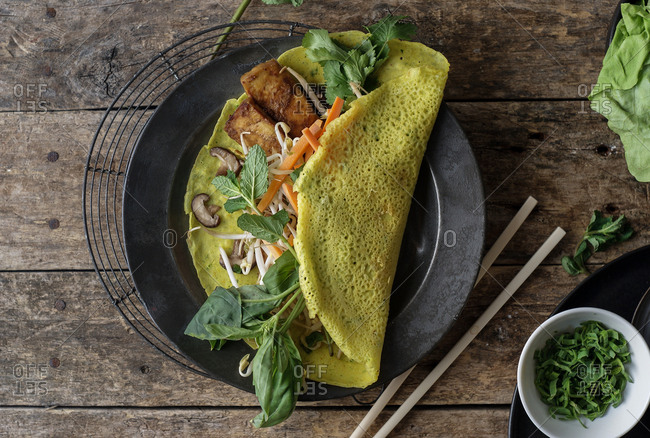 Vietnamese savory fried pancake with vegetables