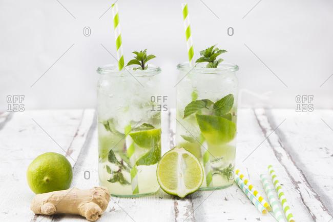 Lime mint ginger lemonade