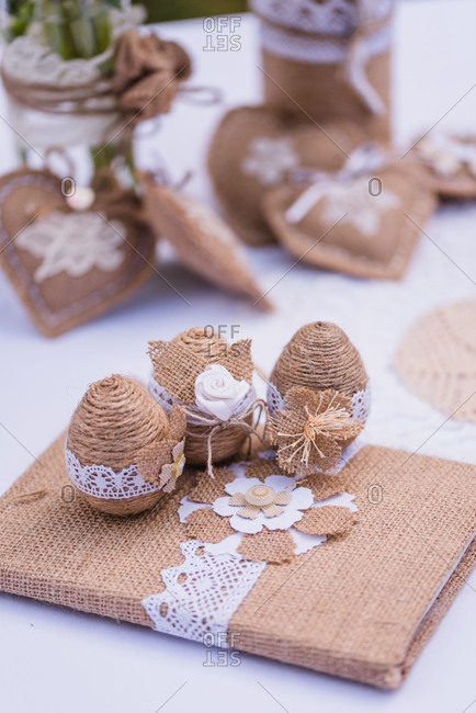 Easter decoration, detail, jute, Easter eggs, hearts,