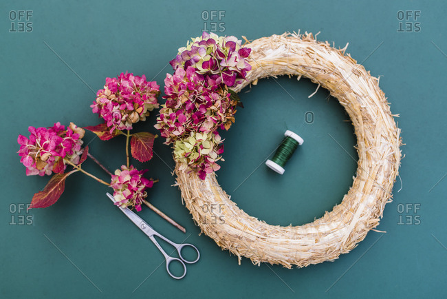 Still life, autumn, wreath with hydrangea blossoms, DIY,