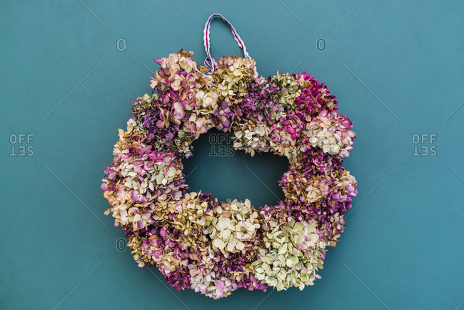 Still life, autumnal decoration, wreath with hydrangea blossoms