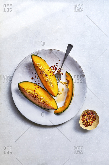 Melons with chilli flakes