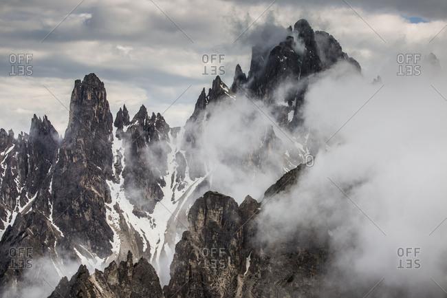 Europe, Italy, Alps, Dolomites, Sexten Dolomites, South Tyrol, Belluno, View from Rifugio Auronzo, Cadini di Misurina