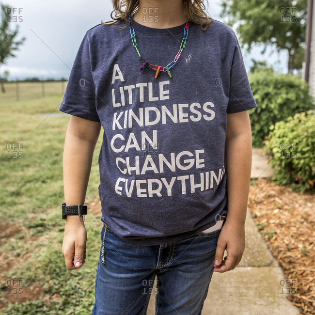 Child wearing a t-shirt with an inspirational message