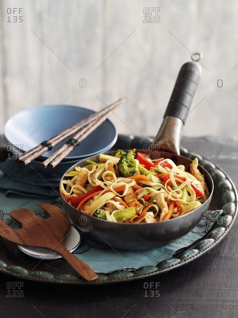 Fried noodles with turkey and ginger (Asia)