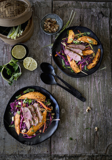 Oriental red cabbage salad with duck breast