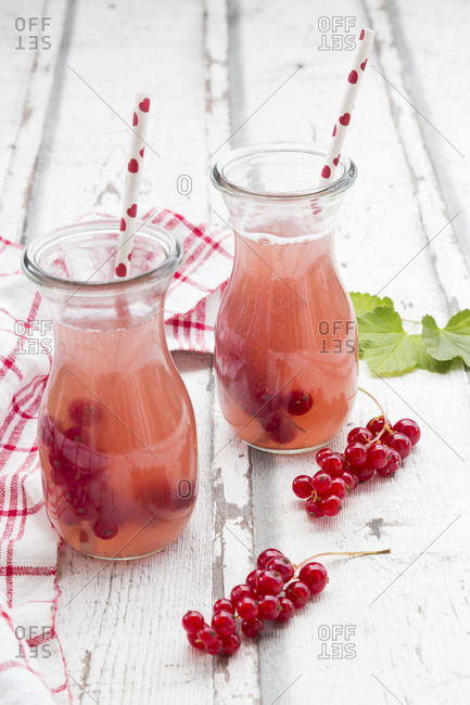 Red currant spritzer