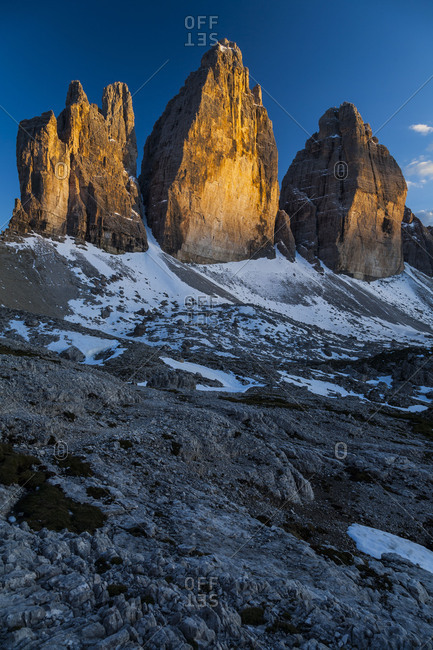 Europe, Italy, Alps, Dolomites, Mountains, Lago d'Antorno, Tre Cime di Lavaredo, Spring Dolomites