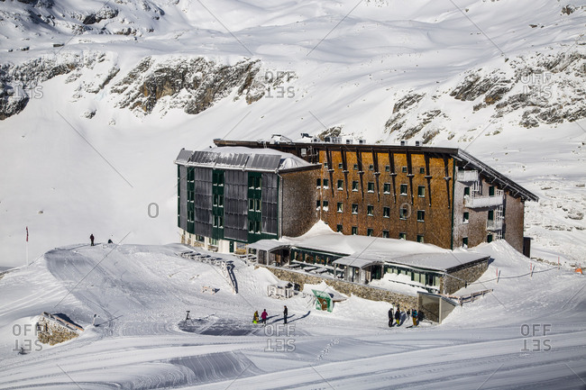 Europe, Austria, National Park Hohe Tauern, Salzburger Land, Salzburg State, Uttendorf, Berghotel Rudolfshuette, Weißsee Glacier World, Winter Austria
