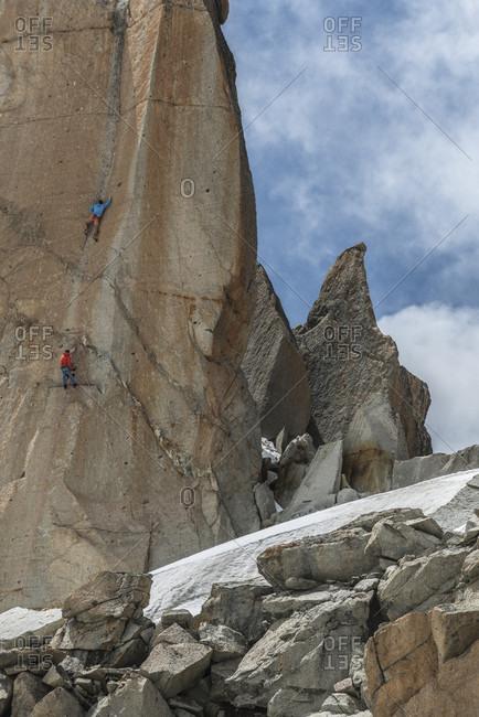 August 3, 2017: Climbers challenging Aiguille du Midi, Haute-Savoie, France