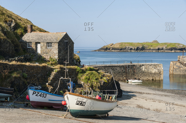 July 18, 2013: United Kingdom, England, Cornwall . Mullion Cove in Cornwall, Cornwall is a county in South West England in the United Kingdom. The county is bordered to the north and west by the Celtic Sea Cornwall forms the westernmost part of the South West Peninsula of the island of Great Britain