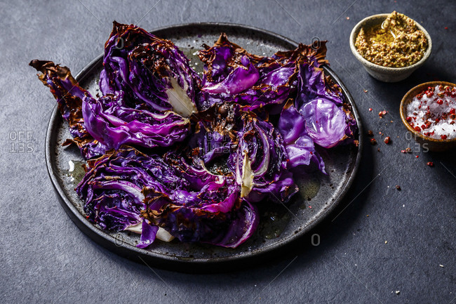 A wonderful roasted red cabbage with mustard